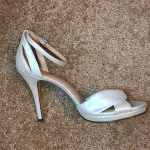I. Miller Shimmer Heels